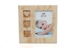3.5*5 inch household upscale mullioned three-heart photo frame