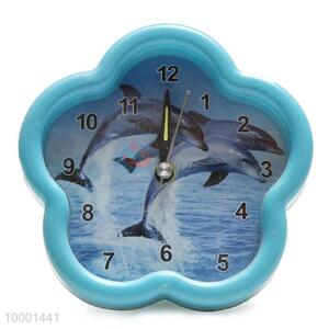 Flower shaped alarm clock with landscape photos