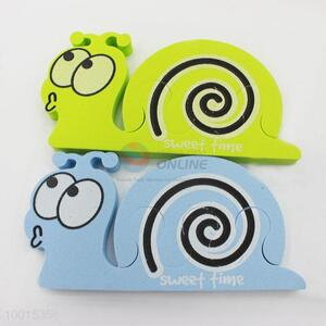 1pc Cute Snail Shaped Soft Sponge Foam Finger Toe Separator Nail Tools