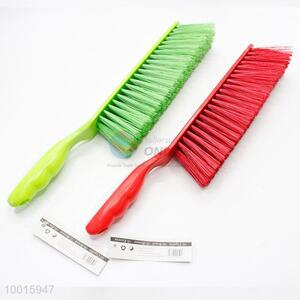 Wholesale 35cm Red/Green Plastic Bed Brush Broom Brush With Long Handle