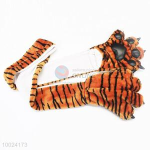 Tiger Stripes Pattern Warm Gloves and Scarf
