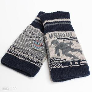 Cool design half finger gloves for boy