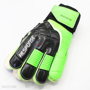 Football soccer protective goalkeeper gloves