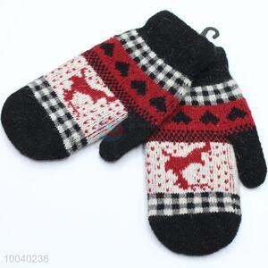 Black warm thicken deer pattern gloves for girl