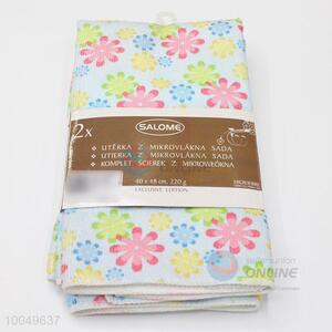 High Quality 40*45cm Polyester Cleaning Towel with the Pattern of Colorful Flowers