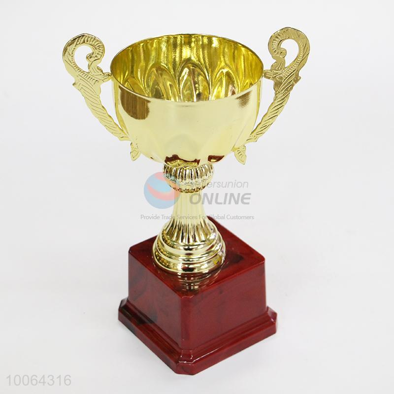 Custom medals and trophies/trophy cup for events