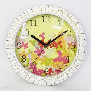 Round plastic wall clock woith flower&crack pattern