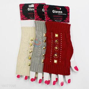 China Factory Knitting Fingerless Gloves for Keeping Warm