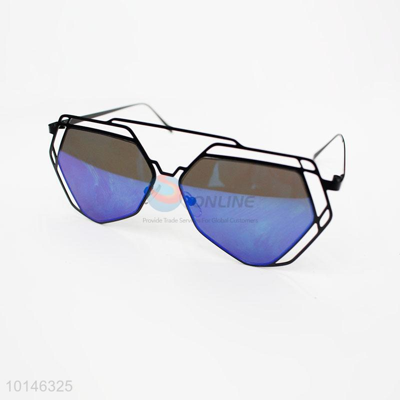 f8e585d56a Creative party blue polarizen sunglasses - Sellersunion Online