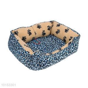 Comfortable plush pet dog/pet kennel