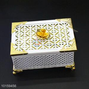 Metal Holder Cake/Cheese Plate with Glass Cover