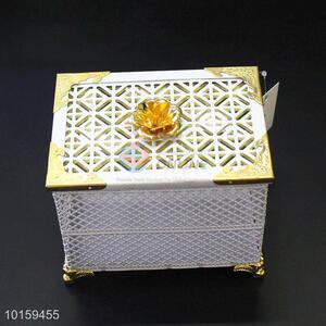 New Design Square Cake Storage Box Cake Holder