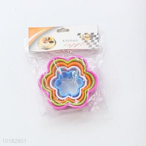 Funny Flower Shape Plastic Cookie Biscuit Cutter