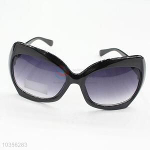 Eco Friendly Black Frame PC Sunglasses for Women Men