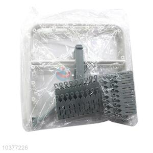 Factory supply popular plastic clothes rack with 32 pegs