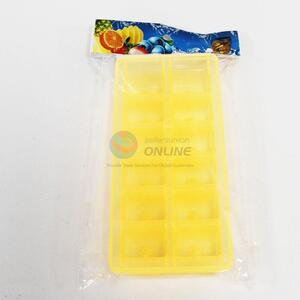 Factory Direct Plastic Ice Cube Tray