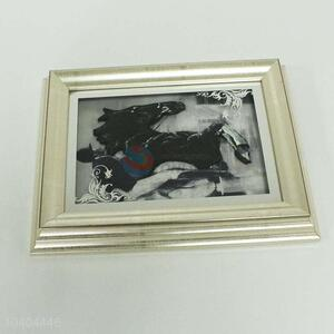 Cheap and High Quality Bedroom Wall Hung Painted Photo Frame