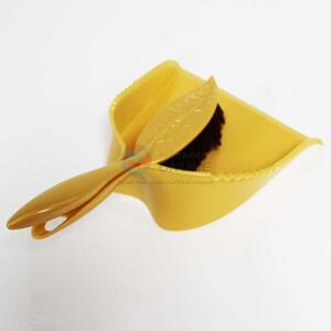 Wholesale Plastic Dustpan and Brush/Broom Set