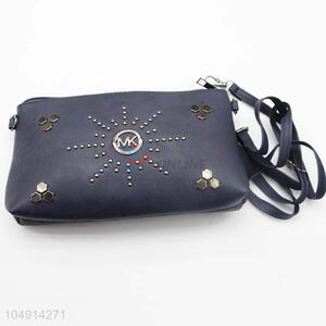 New Advertising Best Selling Black Color Rivet Decoration Messenger Bag for Women