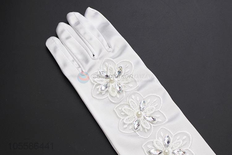 Competitive Price Satin Woman Gloves For Wedding Party