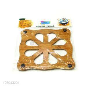 Latest style eco-friendly kitchen accessories round hollow-out placemat