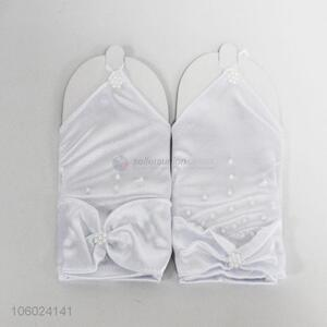 High quality popular white wedding gloves with pearls