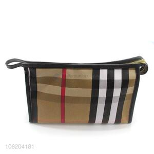 Fashionable hot selling check printed pu cosmetic bag