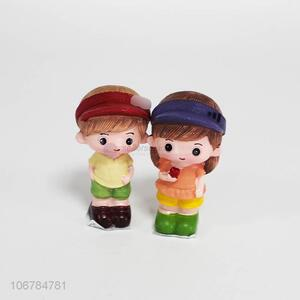 New selling promotion resin couple crafts decorative ornaments
