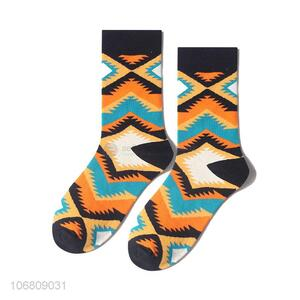 Wholesale custom men socks jacquard mid-calf length sock
