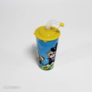 Hot selling kids cartoon pattern plastic straw water cup