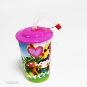 Wholesale hot selling kids cartoon plastic water cup with straw