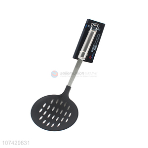 Hot selling kitchen supplies nylon slotted ladle with metal handle