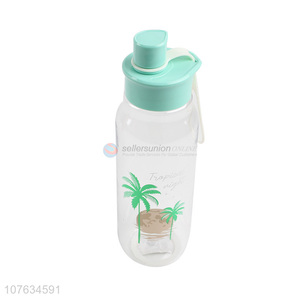 Custom logo food grade plastic water bottle with high quality