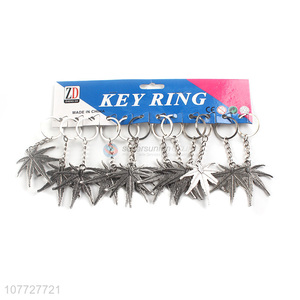 Factory direct sale maple key chain alloy pendant key chain alloy kerying