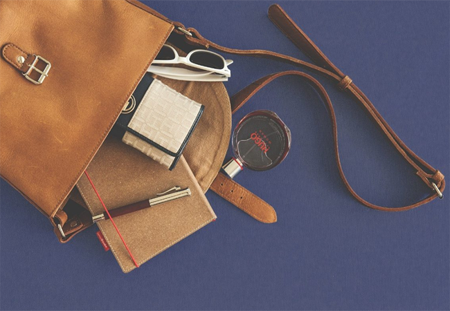 Tips On Cleaning Leather Handbags